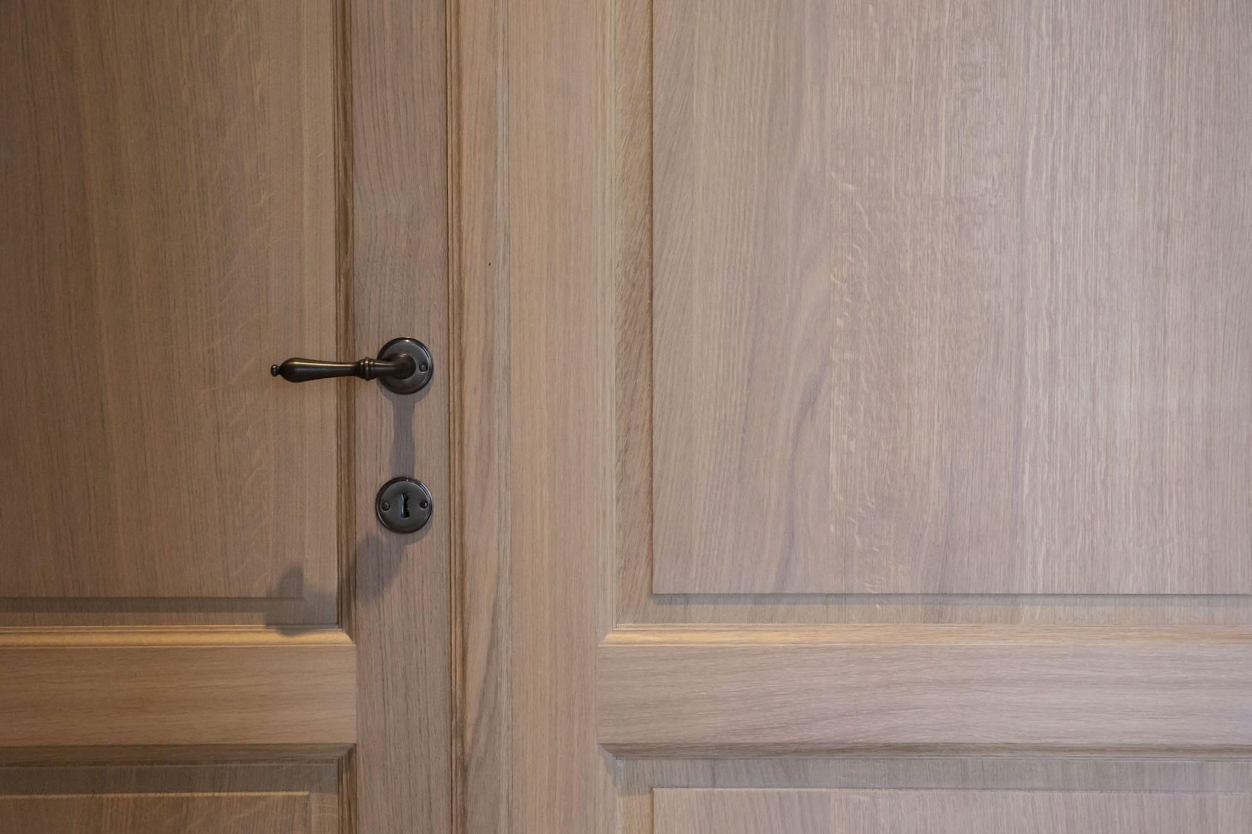 Massieve eiken dubbele deur model Valencia